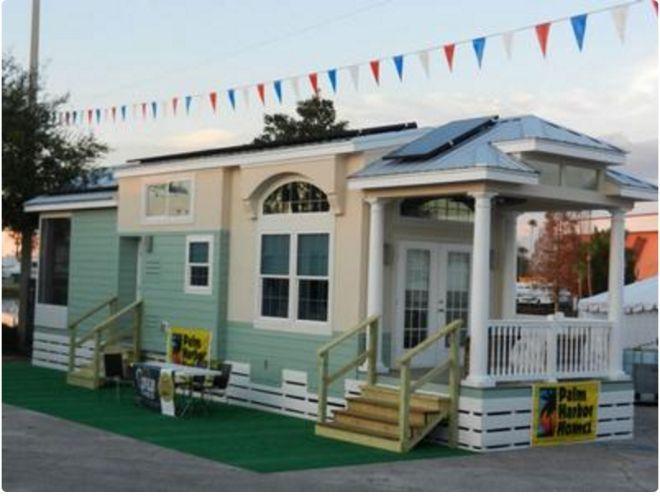 Palm harbor homes model center