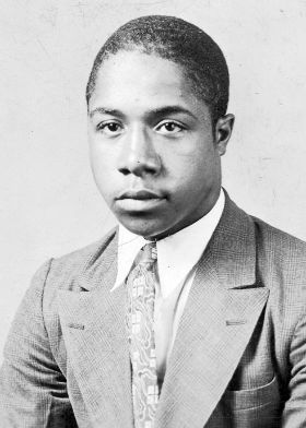 Alex Haley: College Dropout to Pulitzer Prizewinner