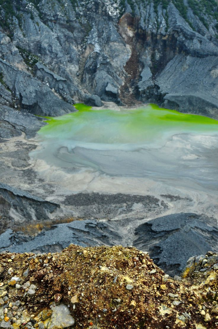 Tangkuban Perahu crater, Bandung, West Java