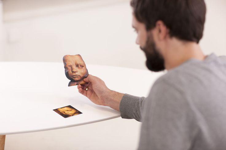 Aus dem Ultraschallbild deines Babys wird eine faszinierende 3-dimensionale Maske.