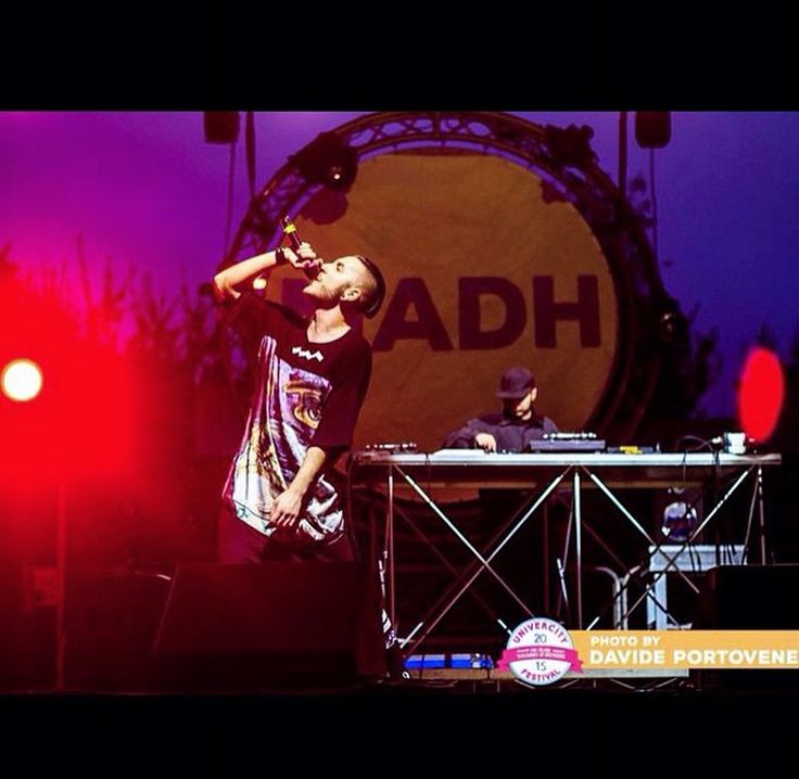 Madh rockin' Andrea Marcaccini feat. Happiness!