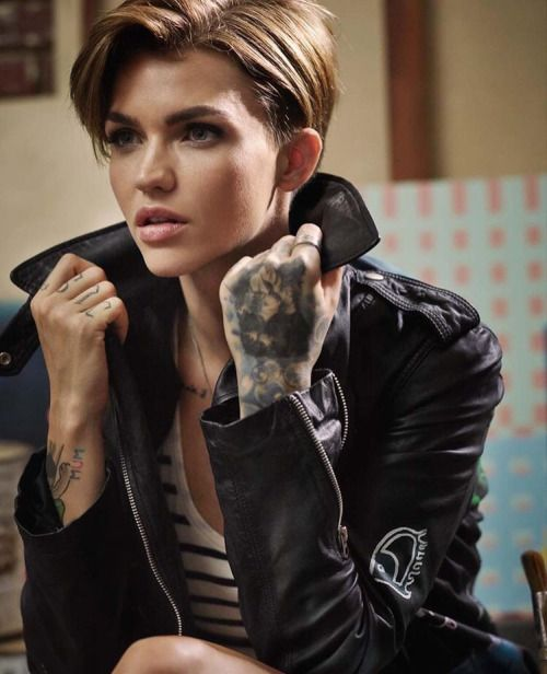 Ruby Rose I mean how do you not include Ruby in anything beauty related?? Gorg..bytch, lol