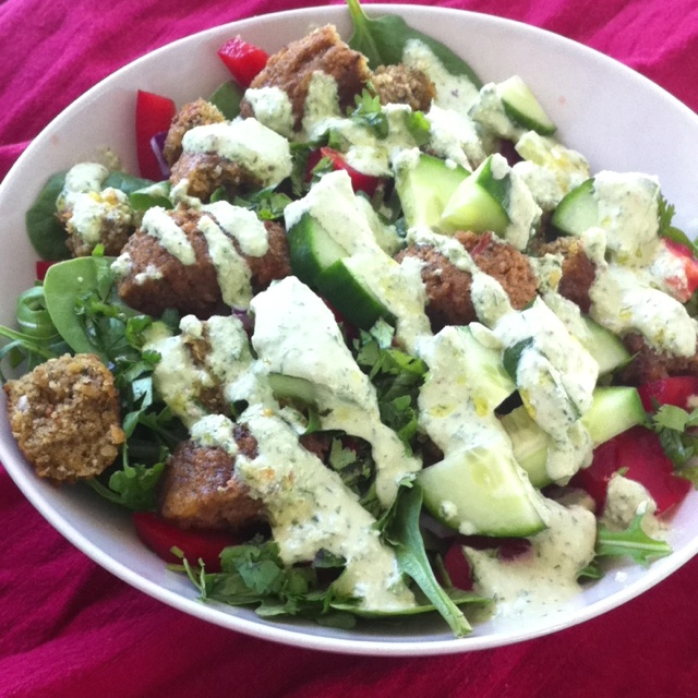 Day 4- falafel salad w/ tahini-lemon dressing  Arugala and spinach salad 3…