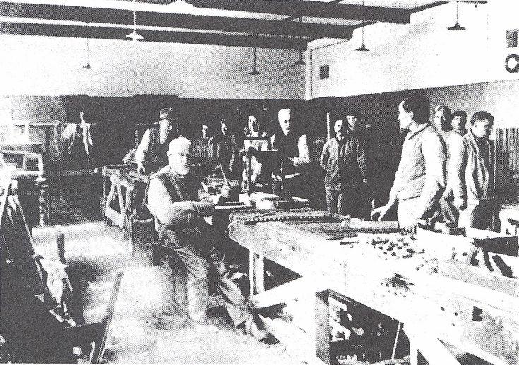 Den Ouden Doosch - De timmerwerkplaats/mattenmakerij van het gesticht in Medemblik