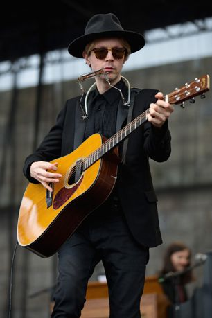 Beck Performs 'Song Reader' in L.A. With All-Star Cast | Music News | Rolling Stone
