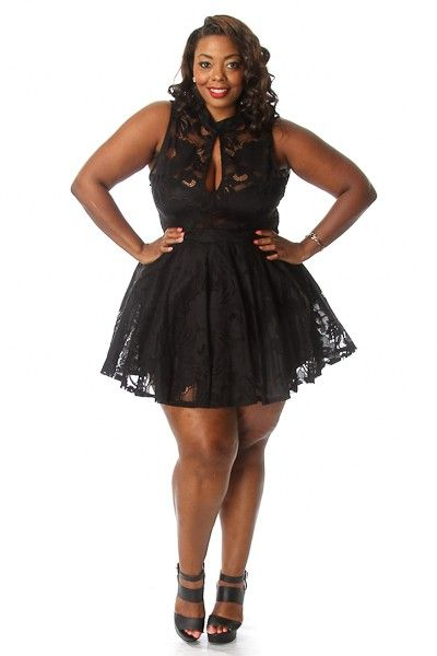 Plus Size Laced keyhole Flare Tulle Dress