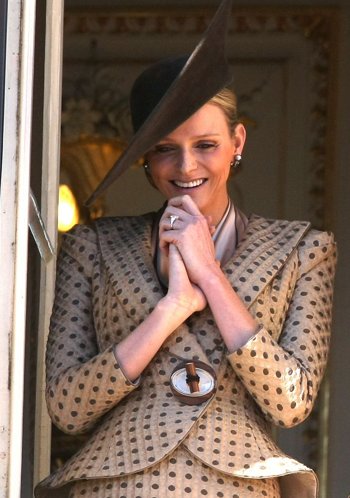 Armani Prive suit  Fabulous style but the wrong color for Princess Charlene