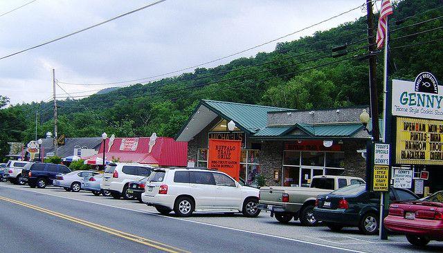 Downtown Chimney Rock Nc Day Trips Pinterest