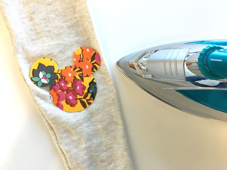 DIY: Mickey Mouse Iron-On Patch (this would also work for the Rapunzel shirt I'd like to do!)