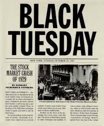 El crack de 1929 fa que les relacions públiques es convertisquen en una necessitat. el president Roosvelt, crega un programa de ràdio setmana i es crega la primera oficina de premsa permanent en la Casa Blanca