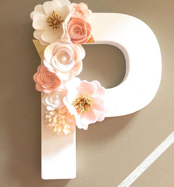 Decoración floral de fieltro flor carta vivero