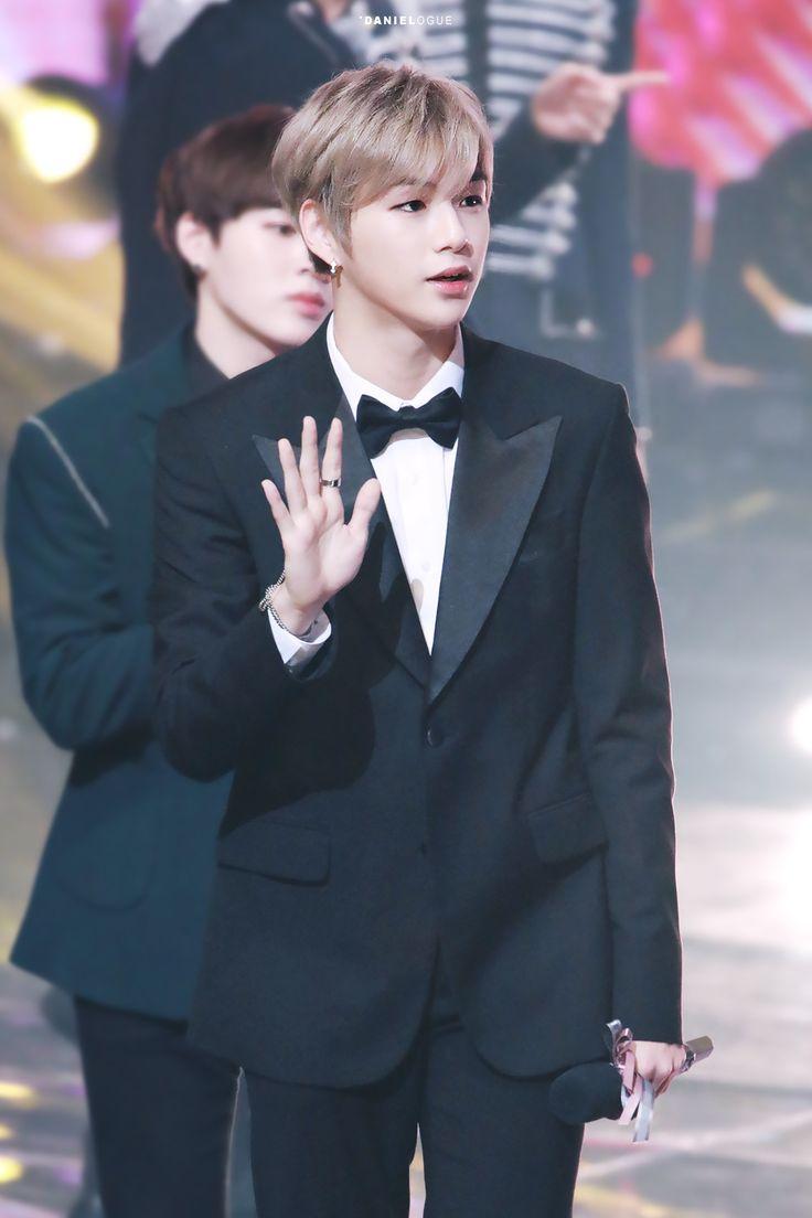 171229 Wanna One at KBS Gayo Daechukje #Daniel