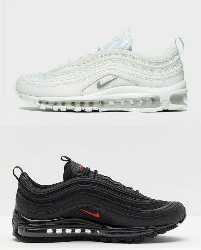 Pin on Sneaker chất