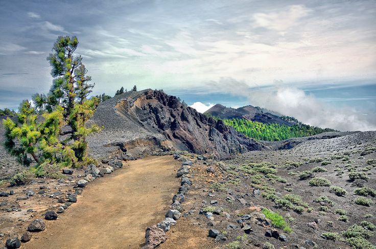 Ruta de los volcanes, La Palma, Islas Canarias, Spain. Photo by Aleksandras Žvirzdinas on 500px