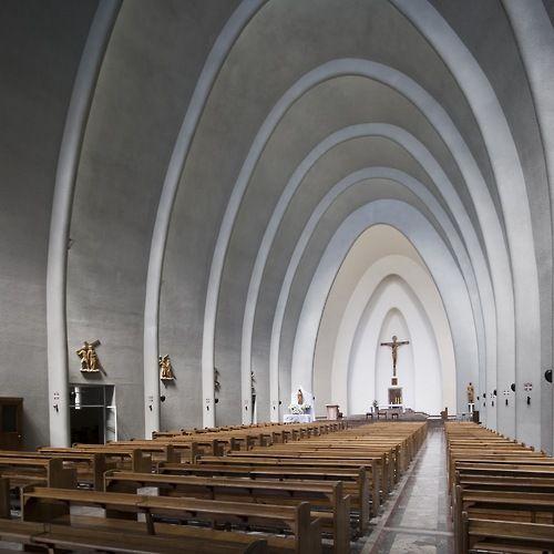arqbto:  Catedral de Chillán — Hernán Larraín Errázuriz (1950) Chillán, Chile.