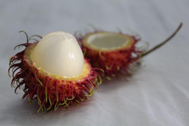 Тропические фрукты добавляют в салаты