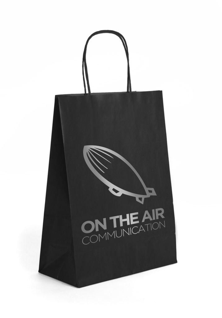 Bolsa con asa retorcida negra con diseño de Prismatika para Pak&Bag