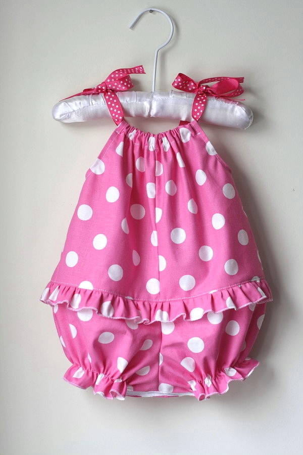 Pillowcase Romper...for those little ones who can't wear a pillow case dress because they pull it over their heads!!!