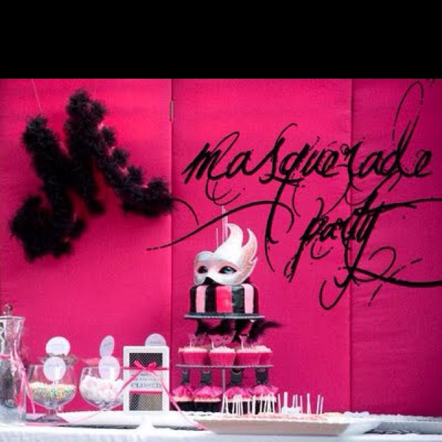 I would LOOOOOOVVVVVEEEE to have a masquerade!!!!!! Anyone up for it?