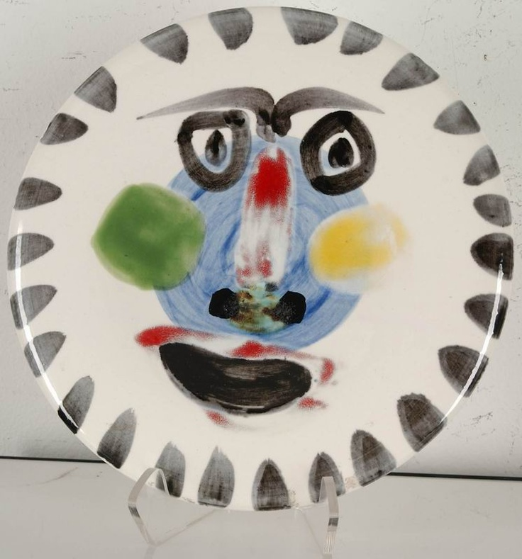 Plate painted by Picasso, paris, france