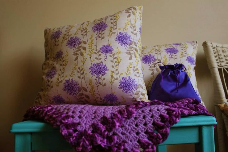 Pair of brand new handmade cushions. Zip off covers and 100% cotton. 39cm x 39cm. $40