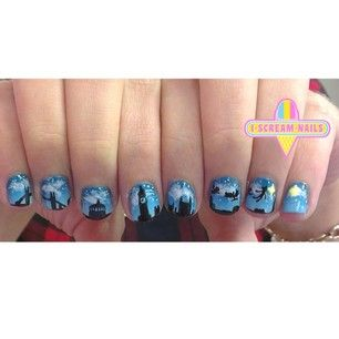 This stunning Peter Pan skyline. | 29 Spectacular Nail Art Designs You Need In Your Life