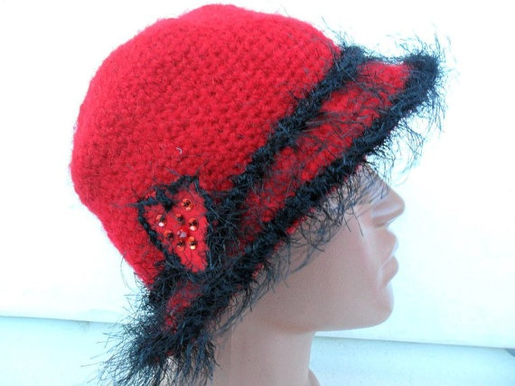 Crochet Cloche Red Hat With Felt Heart  Free by noyumberry on Etsy, $23.00