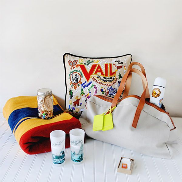 Wedding Gift Bag Etiquette : ... Welcome bags, Wedding welcome gifts and Destination wedding favors