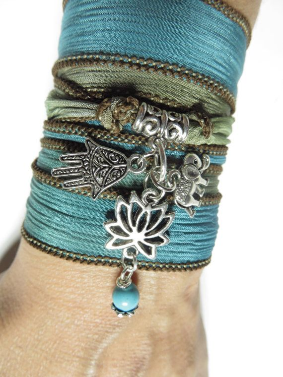 Böhmische Lotus Seidenpackung Armband Elefant Yoga von HVart, $28.90