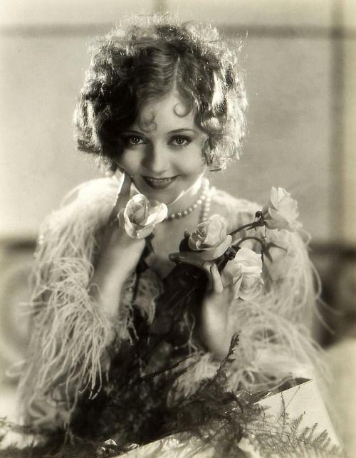 "Nancy CARROLL (1903-1965) [] Active 1923–65 > Born Ann Veronica Lahiff 19 Nov 1903 New York City > Died 6 Aug 1965 (aged 61) New York City, aneurysm > Spouses: Jack Kirkland (1925–30 div); Francis Bolton Mallory (1931–35 div); C.H. ""Jappe"" Groen (1953–65, her death) > Children: 1"