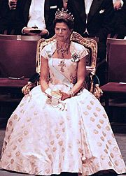 1999 - Queen Silvia onstage  at the Stockholm Concert Hall during the 1999 Nobel Prize  Award Ceremony