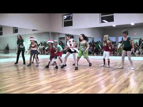 ▶ Kids Hip Hop Christmas Performance | Choreographed by Chris Chawi - YouTube