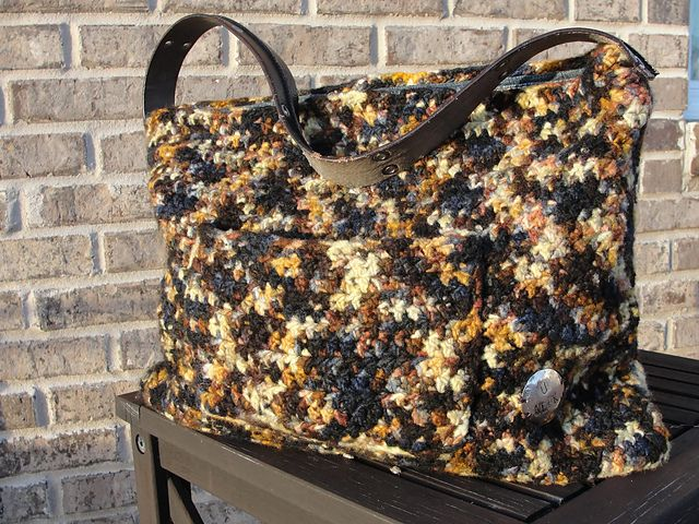 Weekender Bag Knitting Pattern : 251 best BAGS S A images on Pinterest Crochet purses, Crochet bags and Knit...