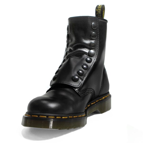 Black Armor Tactical Laces shine like these boots