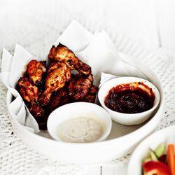 Skrzydełka Buffalo + Śliwkowy sos BBQ + Sos serowy
