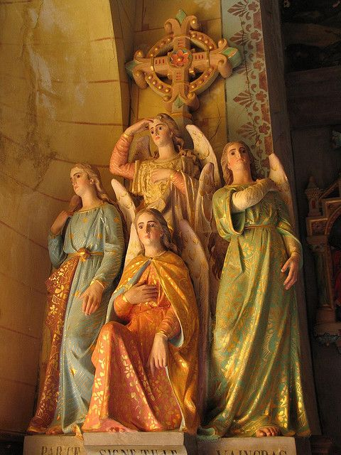 Rennes-le-Chateau, Angels above Asmodeus....making the sign-of -the-Cross
