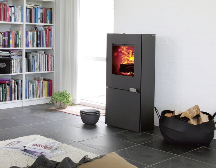 The Morsø S12 has a unique modern design featuring tight sharp lines These clean lines come from steel construction, which is ideal for flat surfaces, sharp corners and plain joints. The stove door, however, continues to be made from cast iron to give weight and quality to the front of the stove without the characteristics of other steel stoves.