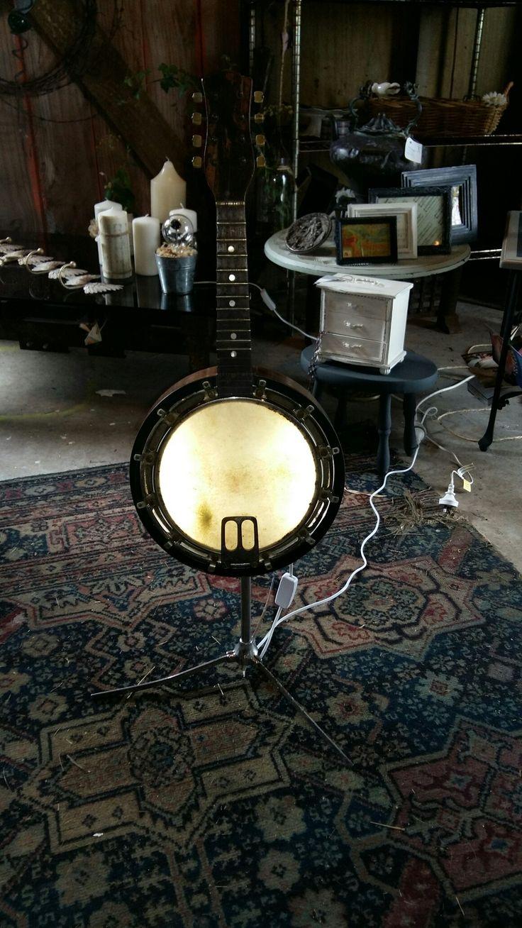 Banjo lamp