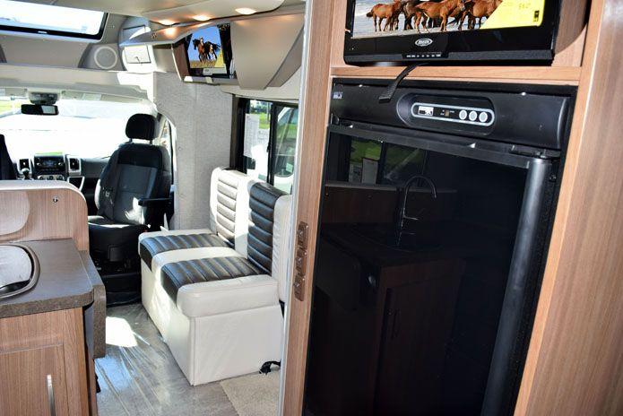 2015 Winnebago Trend 231 - M17737S - New Class C RV for sale in North Tonawanda, New York.