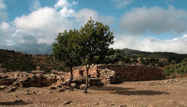 S'Arcu'es Forros (Villagrande - Sardegna - Italy)  Tempio a megaron A   by ojosdesign, via Flickr