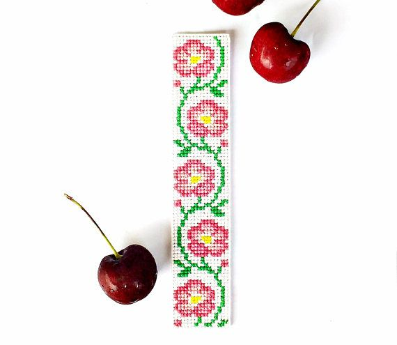 Wild Roses Border PDF Pattern, Gift for Mom Aunt Teacher, Cross Stitch Bookmark, Bead Embroidery DIYs, Needlepoint Pink Flower Vine, Floral