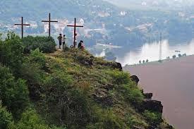 tři kříže Porta Bohemica