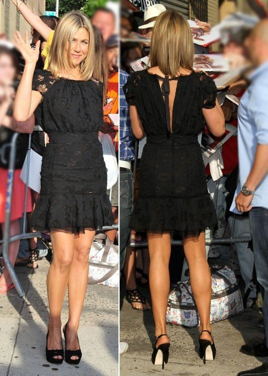 Love this dress.  Too bad I don't have an extra 2k lying around.  #JenniferAniston #NinaRicci