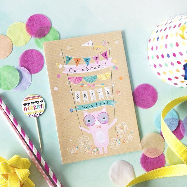 Who loves to party?  #party #celebratelife #smile #havefun #celebrate #craft #styledshoot #flatlay #flatlaysfordays #kidsbirthdayparty