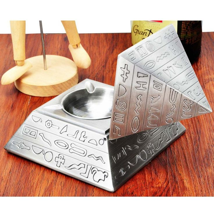 Elegant Pyramid Ashtray Get it now from: http://ashtrayparadise.siterubix.com/elegant-pyramid-ashtray