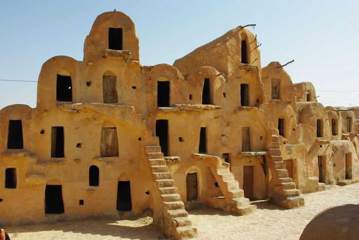 Les greniers de #KsarMedenine dans le sud de la #Tunisie