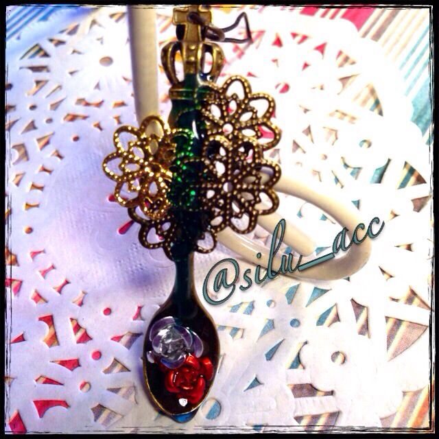 Resin charm A spoon full of rose drop
