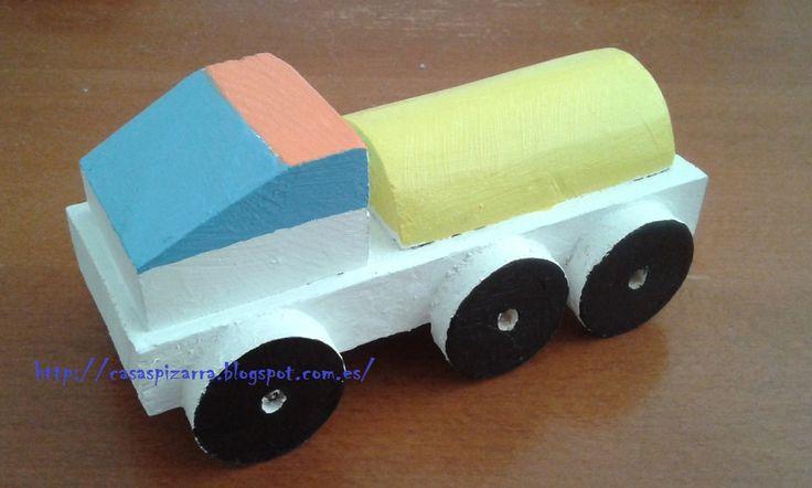 Camión Cisterna. http://casaspizarra.blogspot.com.es/2015/04/camiones-de-madera_19.html