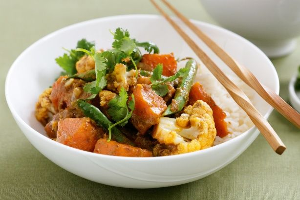 Just six ingredients is all you need for this speedy, budget-friendly meal!