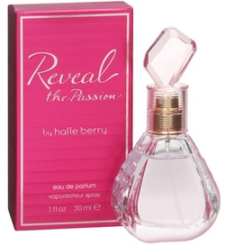 Reveal the Passion by Halle Berry—Halle brings us this floral woodsy scent with top notes of bergamot, freesia, red apple, and dewfruit; middle notes of mangosteen and champaca; and base notes of okume wood, patchouli, and musk. Reveal the Passion by Halle Berry comes as an eau de parfum spray and a perfume deodorant. An eau de parfum strength fragrance at an affordable price is definitely a fragrance worth trying. #fragrancetrends